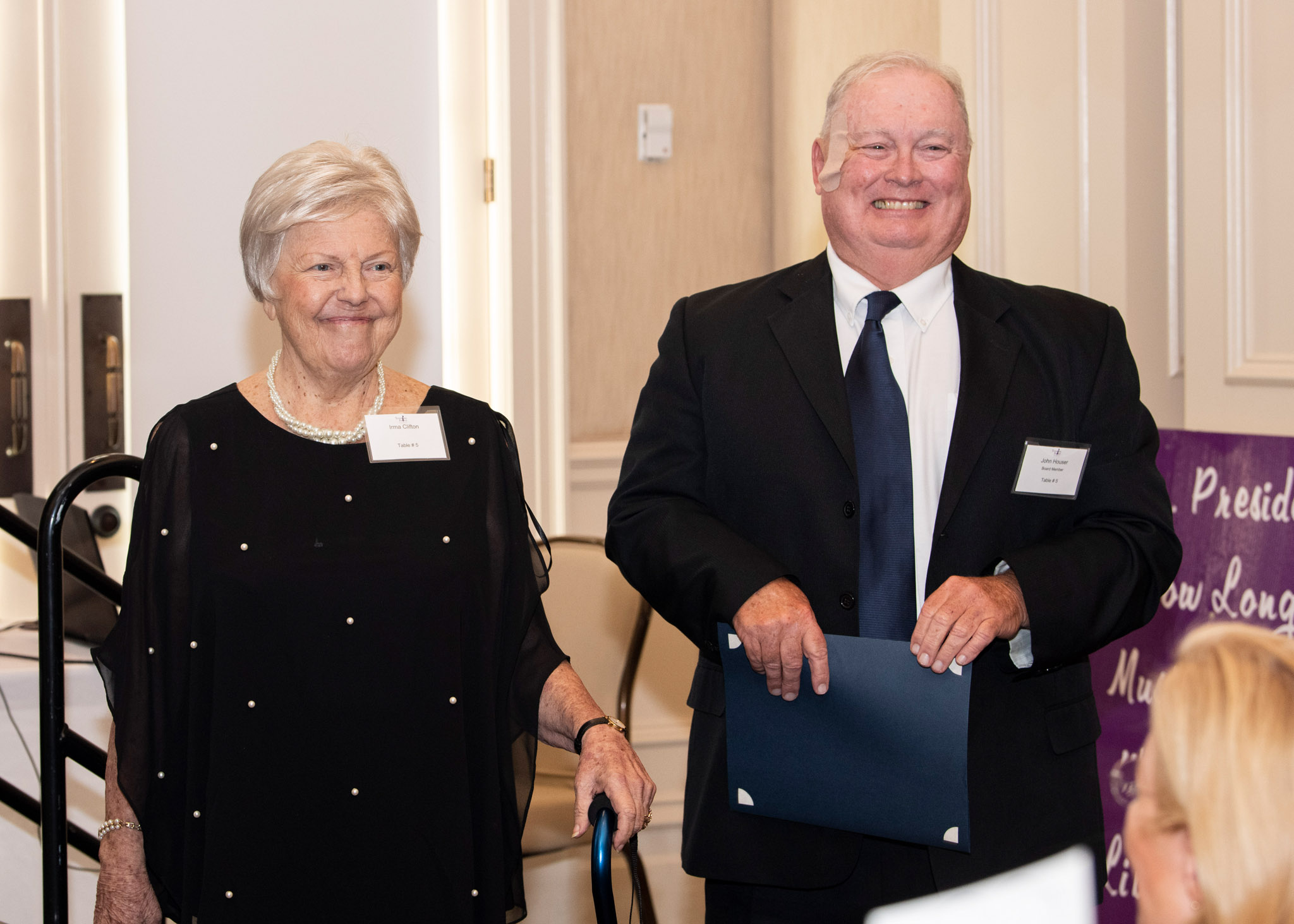 05-Irma-Clifton-receiving-Lifetime-Achievement-Award-from-John-Houser