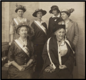 Dr. Kate Waller Barrett (Right: Front Row) at the Women's Party Booth, 1915.
